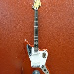 Squier by Fender Vintage Modified Jaguar Electric Guitar Candy Apple Red