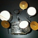 BEATLES  Miniature DrumSet  Drum Set Ringo LUDWIG ( for display only )