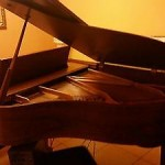 Excellent Baldwin 5'8 Walnut  Model  R Grand Piano,Fabulous Conditions